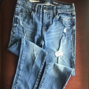 Gap Distressed Girlriend jeans